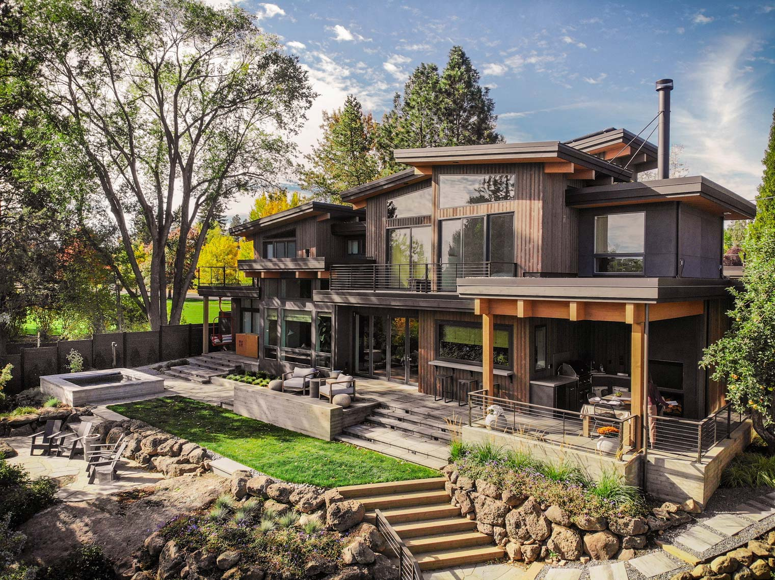 Modern-Riverfront-Custom-Home-Columbia-St