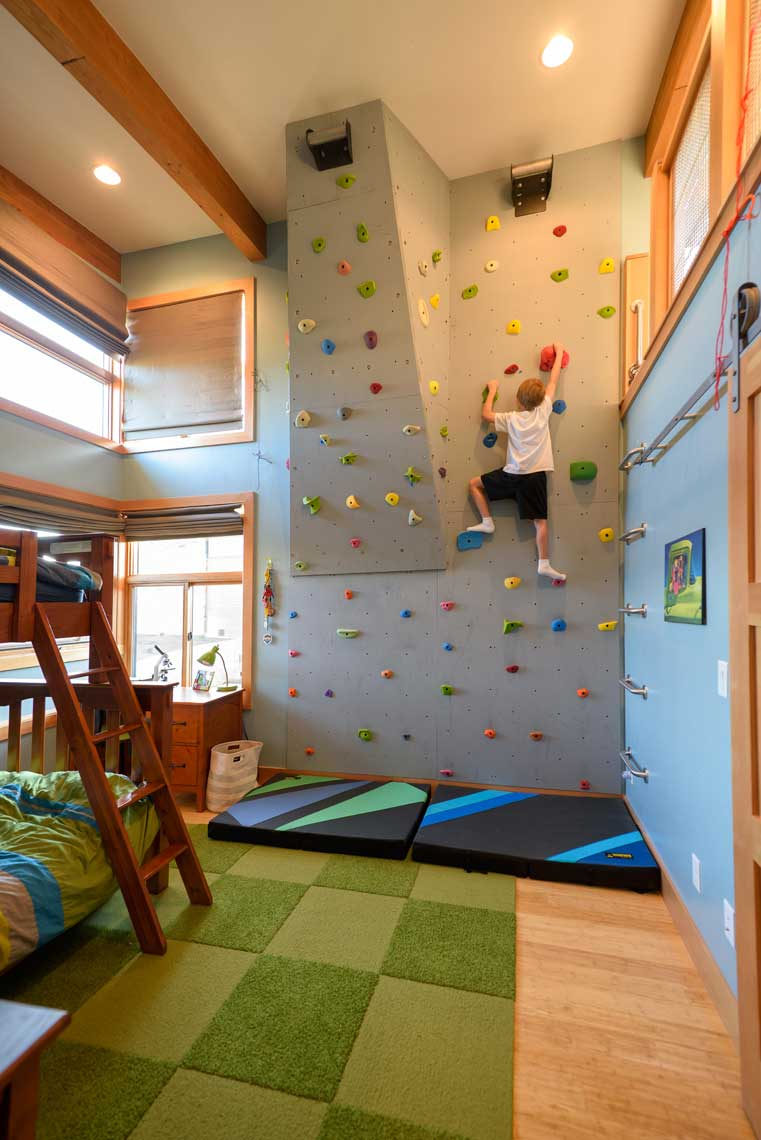 Kids Bedroom With Climbing Wall