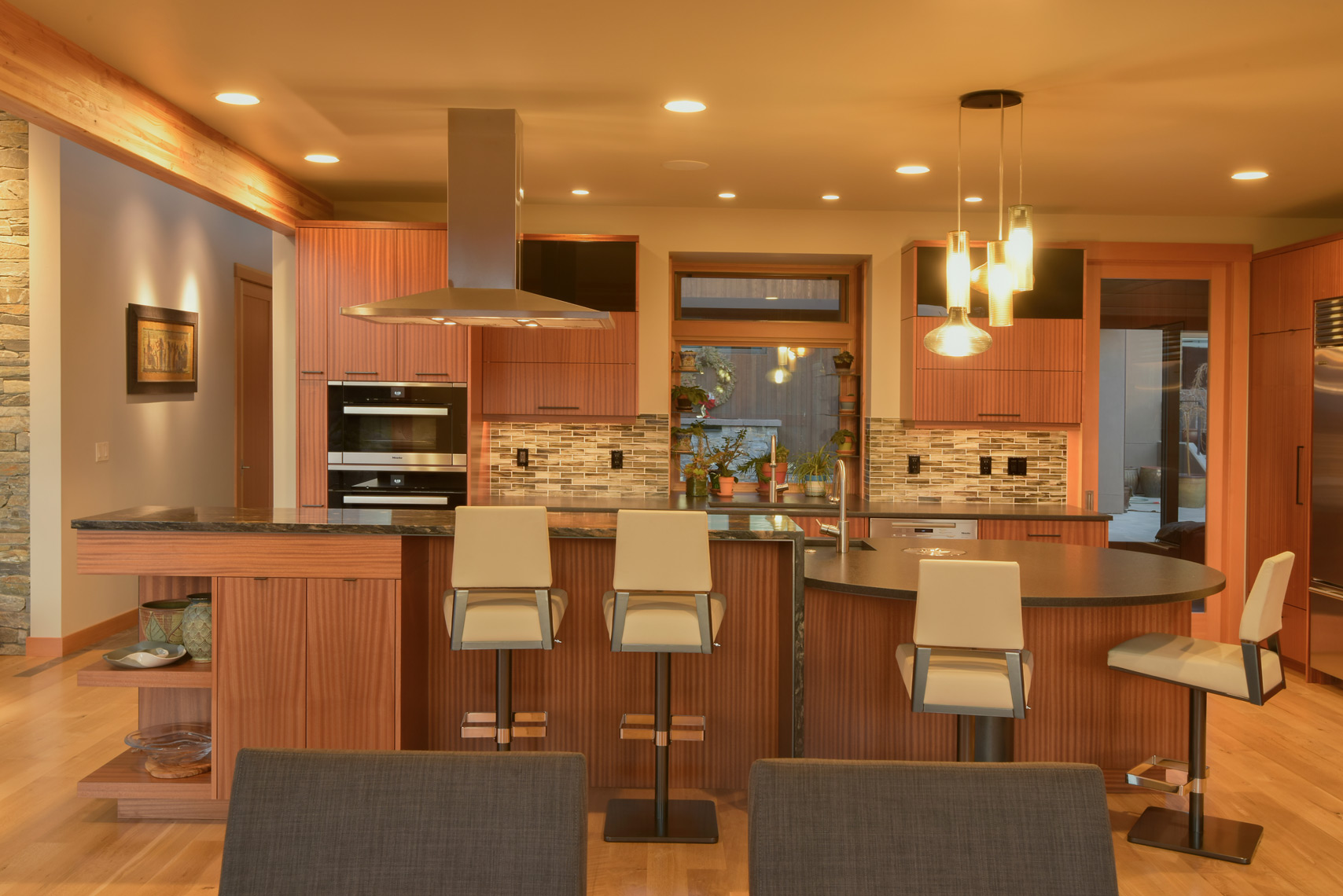 Modern Kitchen with Sapele Cabinets