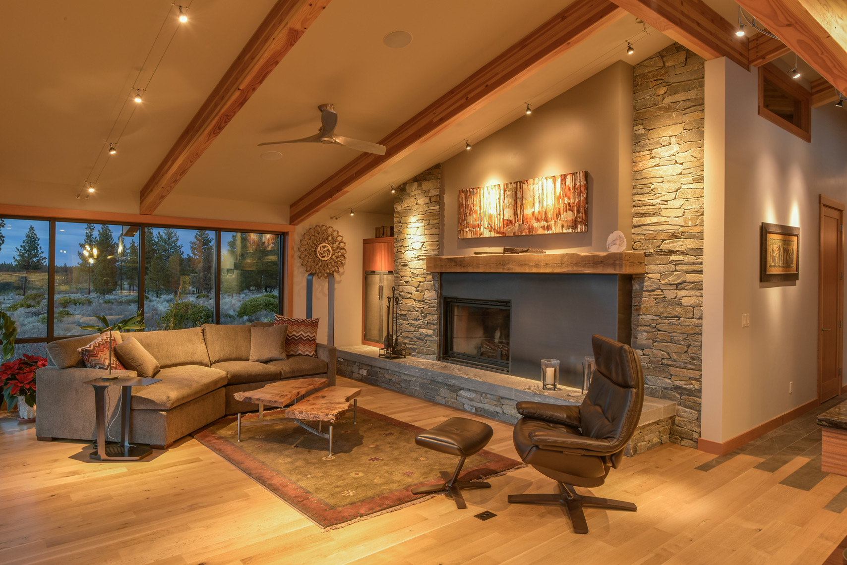 Modern stone Fireplace Living-Room