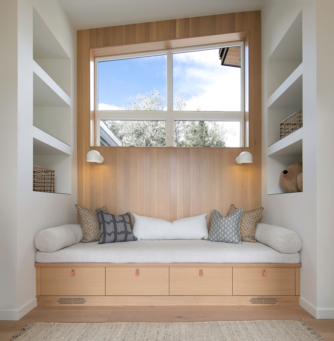 Master-Bedroom-window-seat