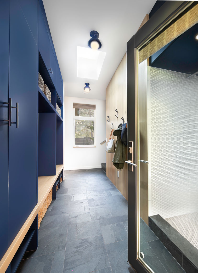 Modern-Blue-Mudroom