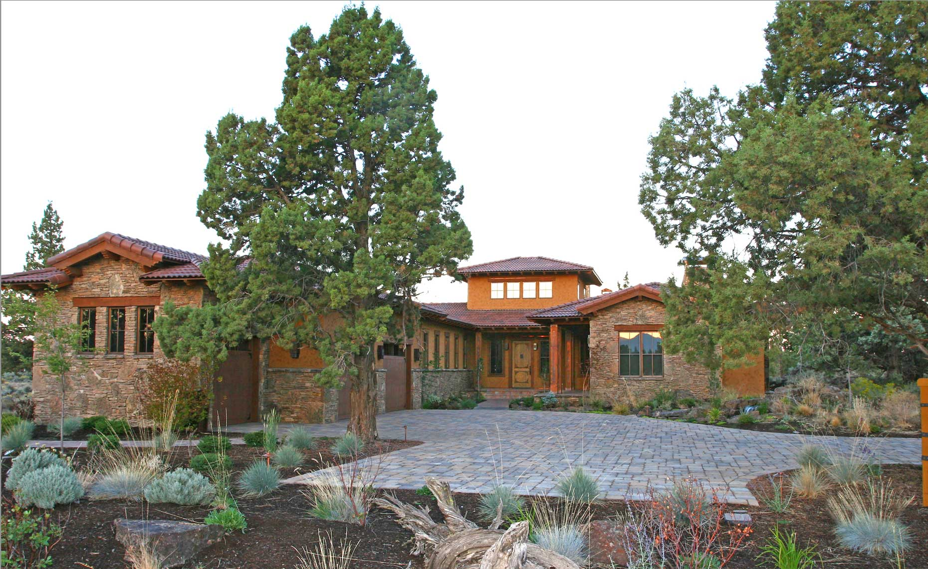 Pronghorn-Tuscan-custom-home-2